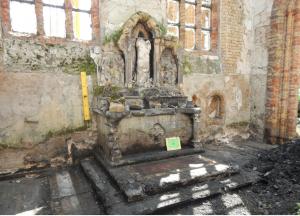 De vurige geschiedenis van de Sint-Niklaaskerk in Westkapelle