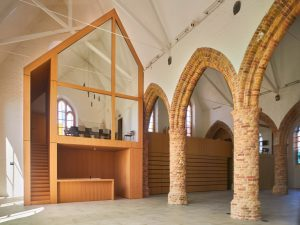Open Monumentendag in de Sint-Niklaaskerk in Westkapelle