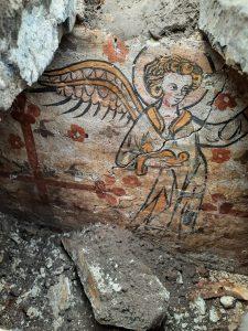 14de-eeuwse grafkelder ontdekt tijdens opgraving van het Onze-Lieve-Vrouwe-kerkhof Zuid