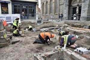 Archeologisch spreekuur in Brugge tijdens de zomer